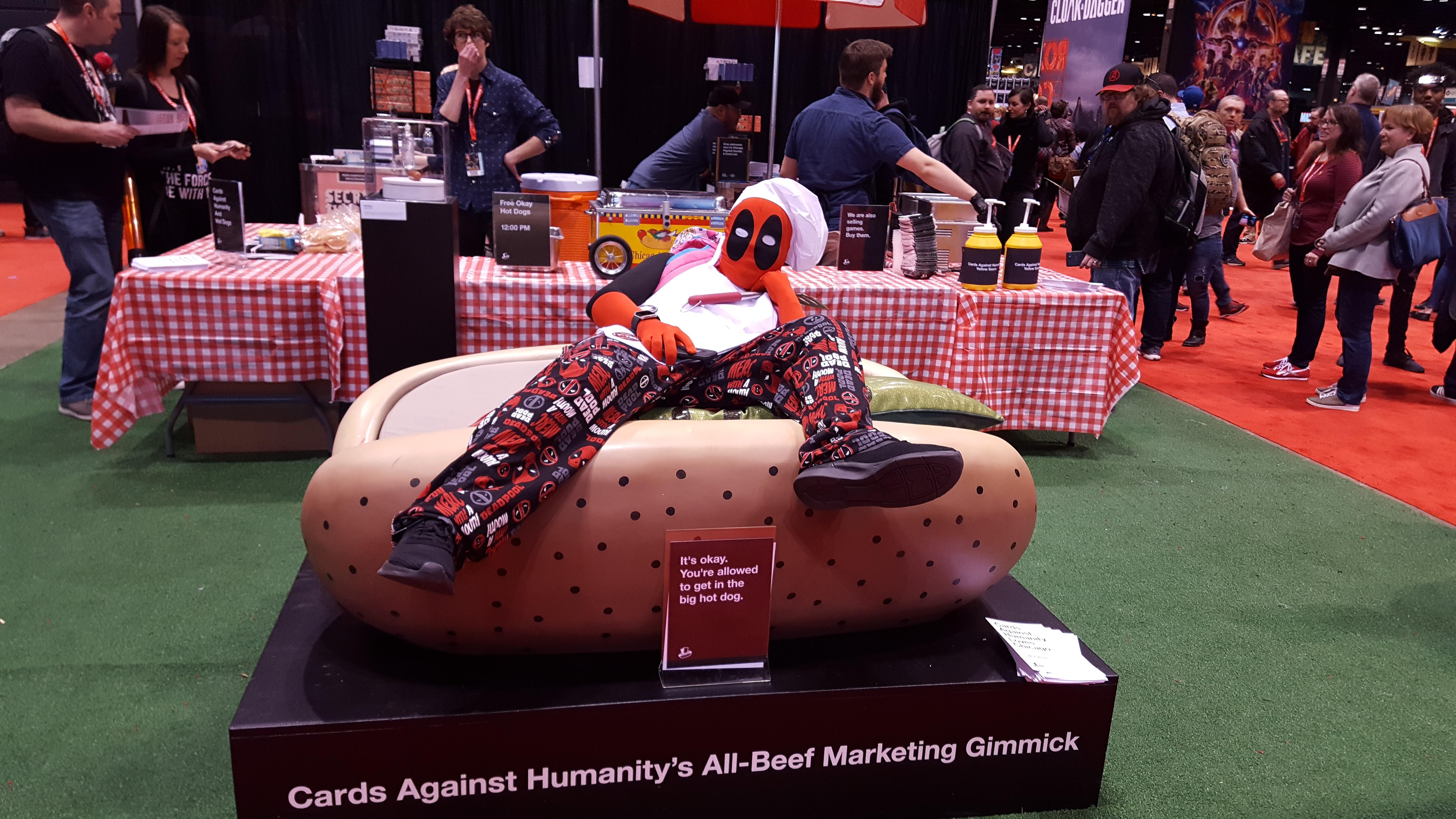 Hot Dog, Deadpool